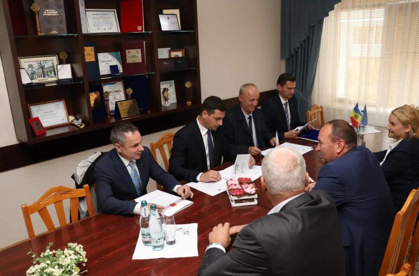 Executivul Consiliului Județean Maramureș a avut prima întâlnire oficială cu membrii Consiliului Raional Hîncești din Republica Moldova