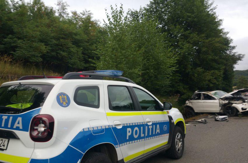 (FOTO) Grav accident rutier  între Cavnic și Șurdești. Au fost rănite mai multe persoane