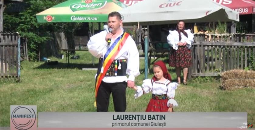 MANIFEST   Joc în sat în Giulești