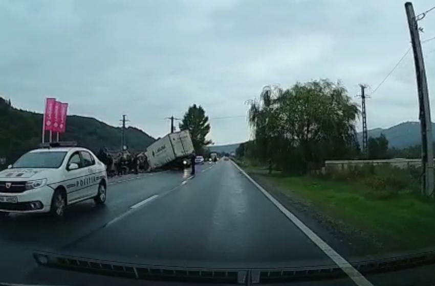 (FOTO) ACTUALIZARE |Accident rutier cu 3 victime în Berbești