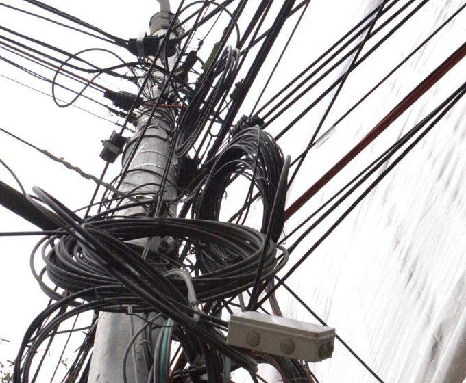 Furt de cablu telefonic în Maramureș. Polițiștii fac cercetări pentru identificarea făptașilor