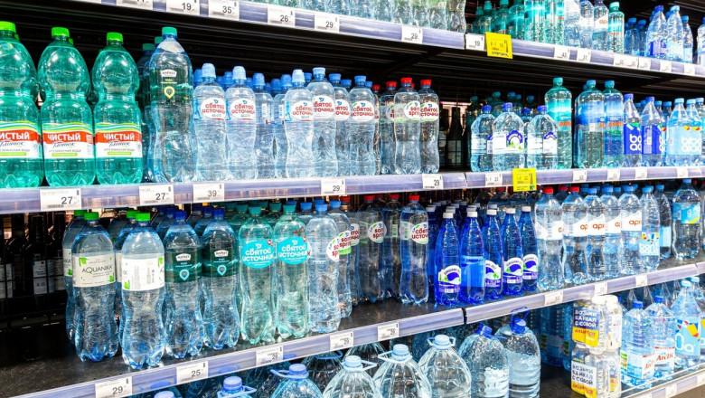 Se scumpește apa îmbuteliată. Președintele APIA: Prețul crește cu cel puțin 20% și se va vedea la raft din octombrie